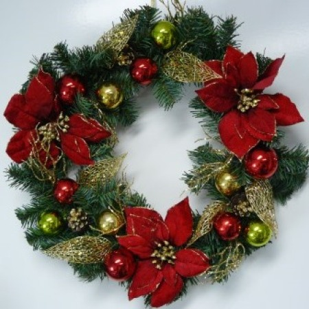 55cm Pre-decorated Burgundy Christmas Wreath