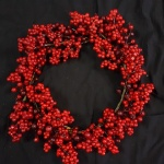 Christmas Wreath 30cm Red Berry